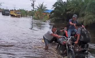 Gubernur salurkan bantuan untuk korban banjir di Aceh Jaya dan Nagan Raya