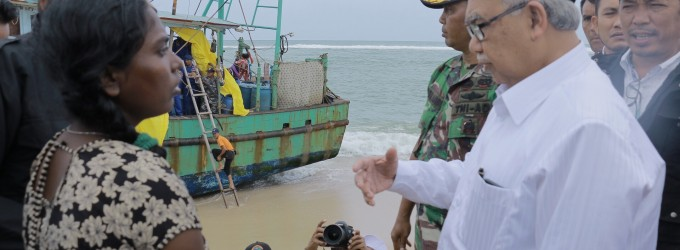 Kapal Rusak Parah, Gubernur Perintahkan Tampung Sementara Imigran Sri Lanka