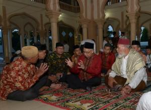 FOTO: Gubernur Silaturrahmi dan Buka Puasa Dengan Masyarakat Tangse