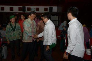 Asisten Administrasi Umum Setda Aceh, Syahrul SE. M.Si, menghadiri pelantikan Pengurus Badan Koordinasi ( BADKO) Himpunan Mahasiswa Islam masa bakti  2016-2018 di Anjong Monmata Banda Aceh, Sabtu malam (29/10).