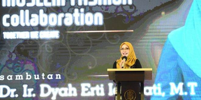 Dekranasda Aceh Dukung Pengembangan Fesyen Muslim Berbasis Wastra thumbnail