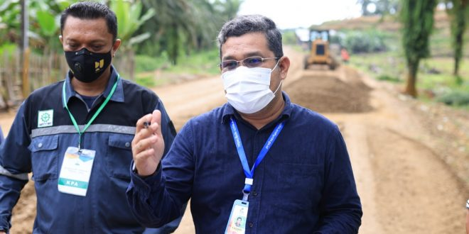 Tiang Listrik PLN Jadi Kendala Kelancaran Pembangunan Jalan Batas Aceh Timur-Kota Karang Baru Aceh Tamiang thumbnail